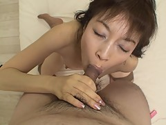 Japanese cougar Shinobu Yabe creams as her pussy is filled with cock